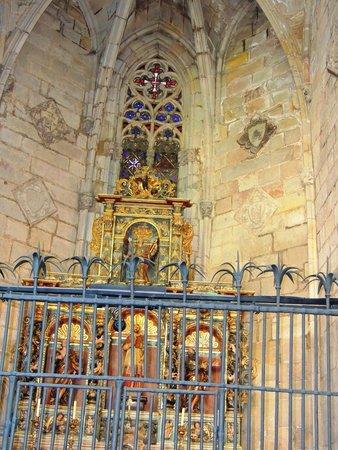Église Sainte-Marie-de-la-Mer : Capelas secundárias