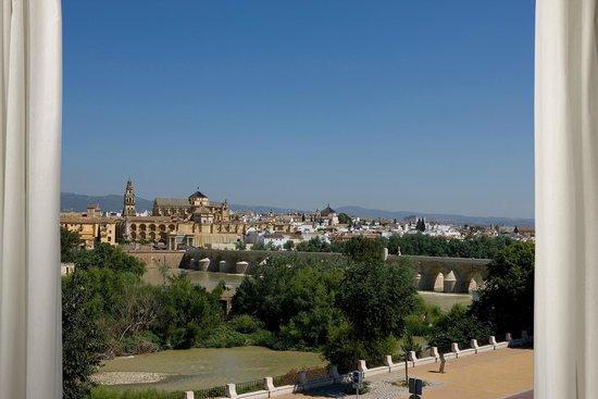 NH Cordoba: Hotel view