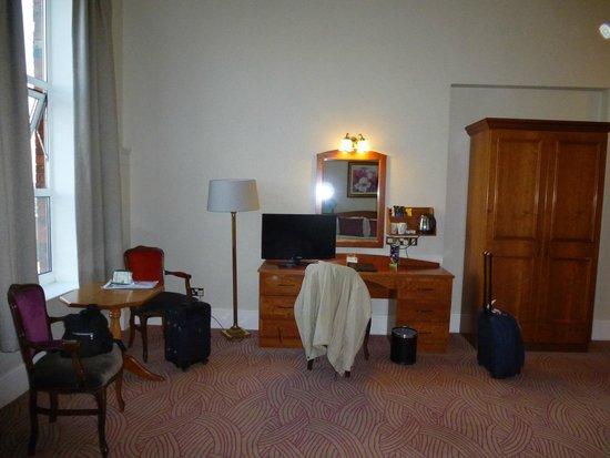 Ambassador Hotel & Health Club Cork: Habitacion2