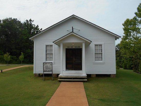 Elvis Presley Birthplace & Museum : Childhood church