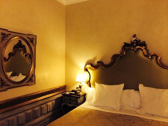 Hotel Casa 1800 Sevilla : Habitación 102