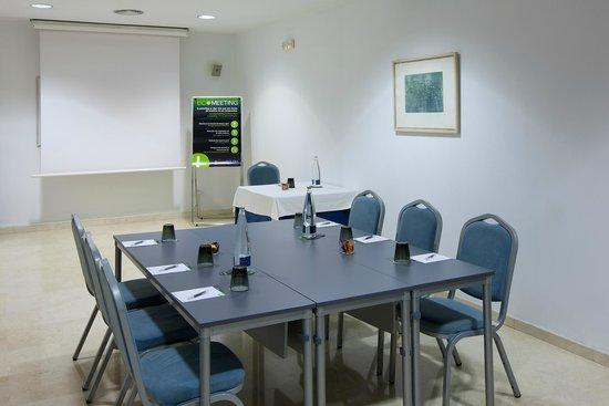 NH Hesperia Barcelona del Mar : Meeting room