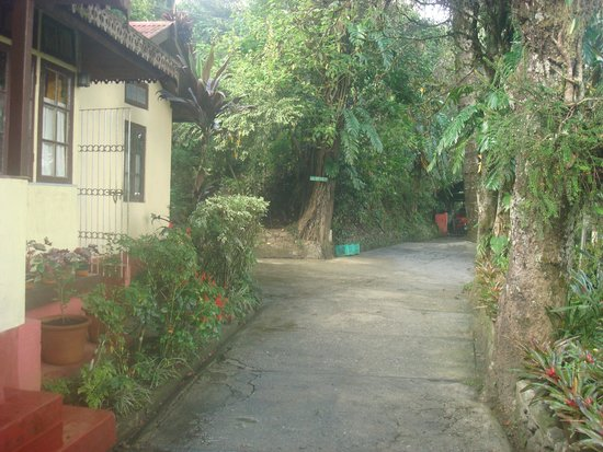 Holumba Haven : Entrance passage