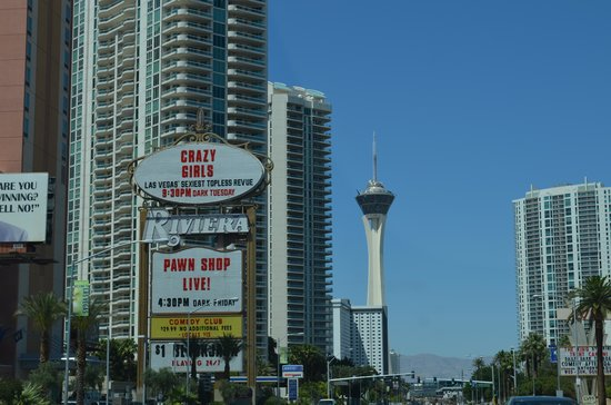 Stratosphere Hotel, Casino and Tower, BW Premier Collection: Hotel ao Fundo