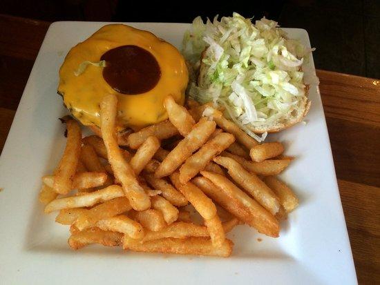 Sunset Grille: Paradise Burger