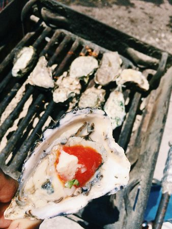 Tomales Bay Oyster Co.: Oyster with tobasco sauce