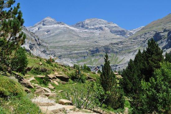 Parque Nacional de Ordesa: zicht op omringende bergen