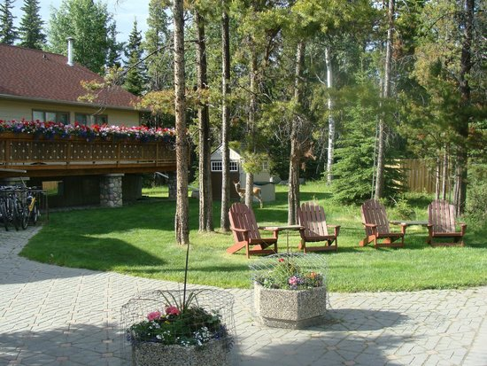 Patricia Lake Bungalows Resort: Mail Office