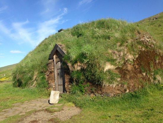 Budardalur, Islandia: Eiriksstadir longhouse