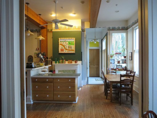 Maison Perrier : Kitchen