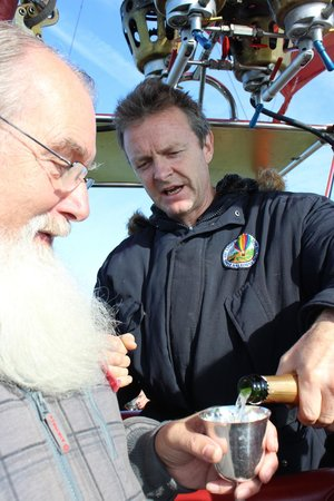 Virgin Balloon Flights: Time for Champagne