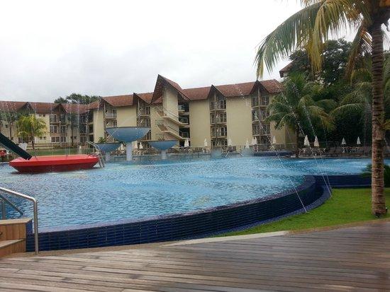 Recanto Cataratas Thermas Resort & Convention: piscina aberta,água bem quentinha