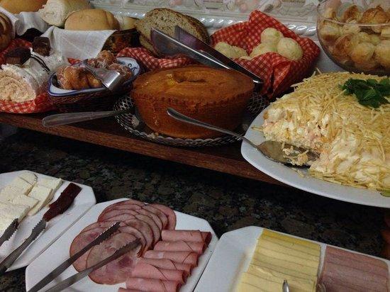 Pousada Bella Vitoria: breakfast