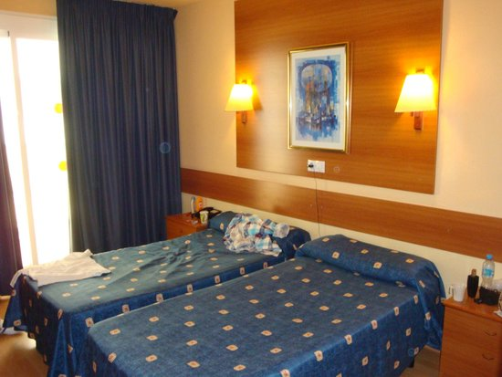 Hotel Riviera: Pokój