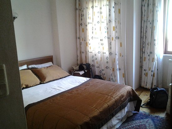 Gul Sultan Hotel : Double room on the second floor