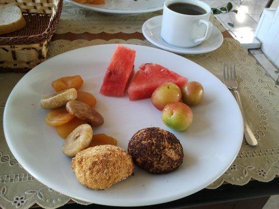 Gul Sultan Hotel: breakfast