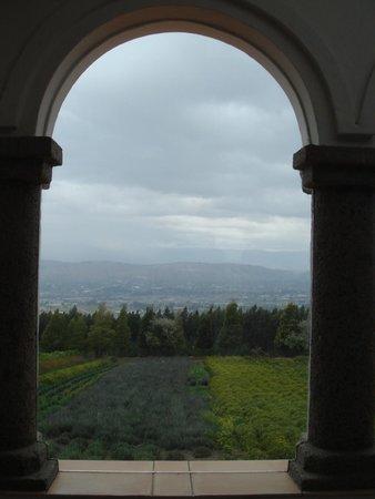 Monasterio Cistercense Santa Maria del Paraiso : Representation of the mixture of monastery living in the Andes