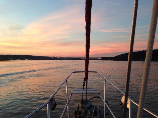 Sunny Sail Charters: Sunset Cruise 2