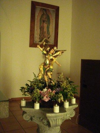 Monasterio Cistercense Santa Maria del Paraiso : Altar