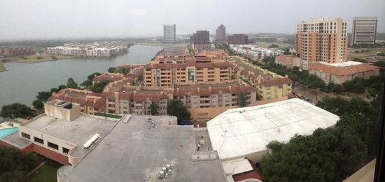 Omni Mandalay Hotel at Las Colinas: 17 Floor Room View