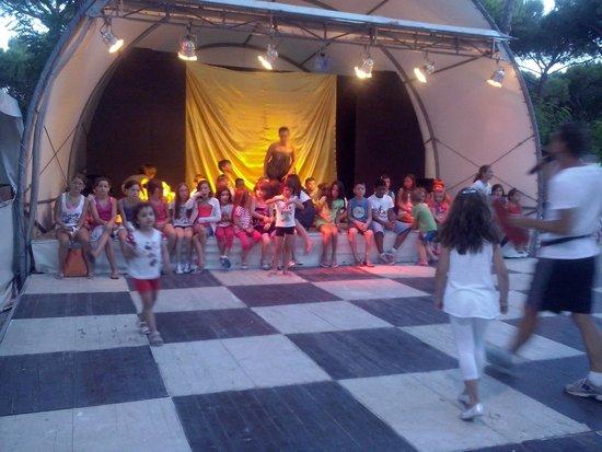 Camping Waikiki: la mitica baby dance!!!!!