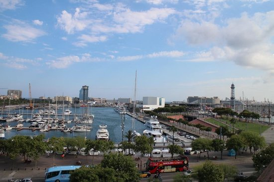 H10 Port Vell : rooftop bar view