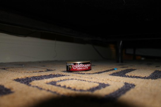 Planet Hollywood Resort & Casino : Under the bed--Surprise!!!!!!