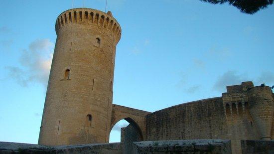 Castell de Bellver: вид на башню