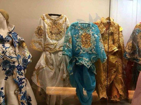 The National Folk Museum of Korea: korean dresses