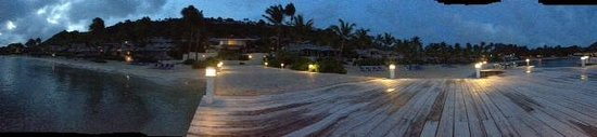 St. James's Club & Villas : Mamora Bay at dusk