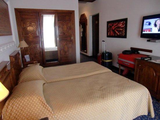 El Minzah Hotel : habitacion
