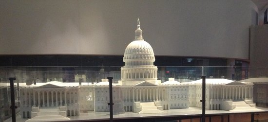 National Constitution Center: A fine model of the US Capitol
