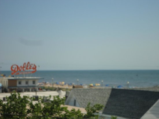 Beach View Motel : balcony view