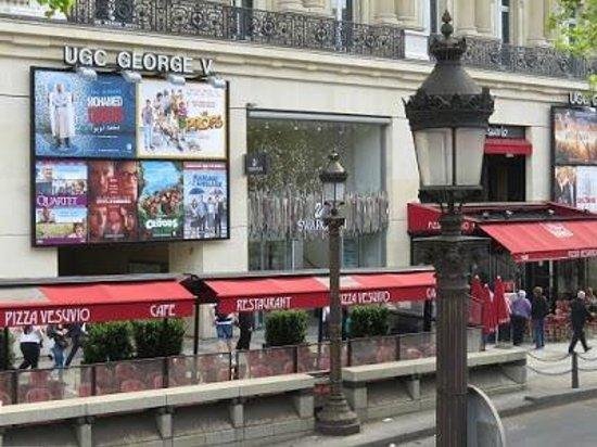 Pizza Vesuvio : Vesuvio Café - Champs Elysees