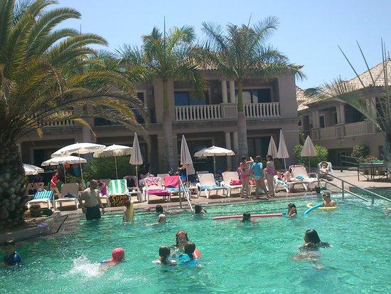 Marylanza Suites & Spa: Otra de las piscinas