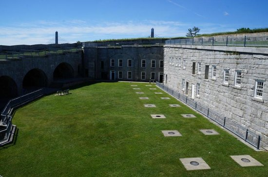 Fort Knox State Historic Site : View of the fort interior from the room