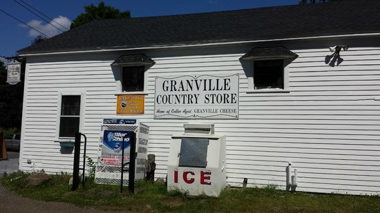 Granville Country Store : Signage