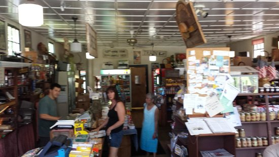 Granville Country Store : A quick view of the country store