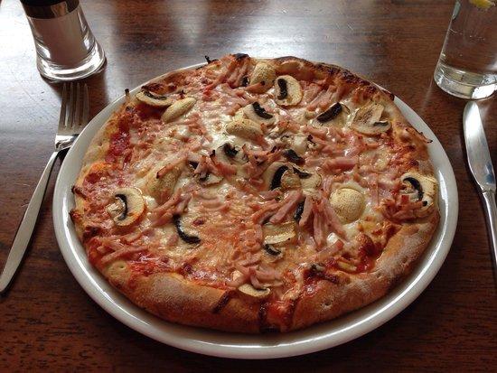 Carlucci: Pizza