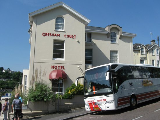 Gresham Court Hotel: Het hotel van buiten
