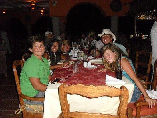 Hacienda Encantada Resort & Residences : Dining fun at Las Marias - fun for all ages!