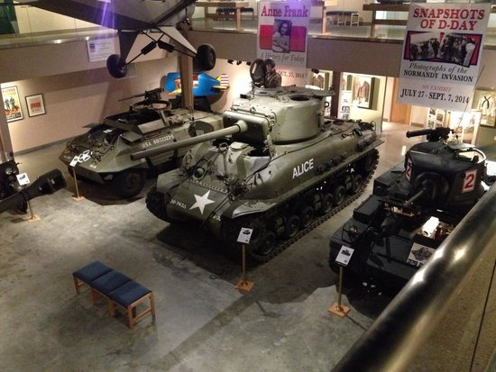 Wright Museum of WWII: Restored armor