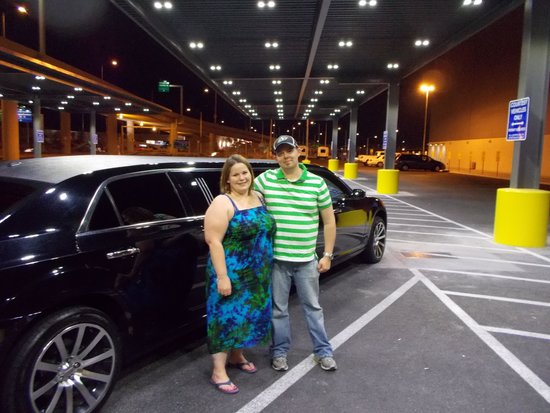 Presidential Limousine : Here's how you do Vegas!