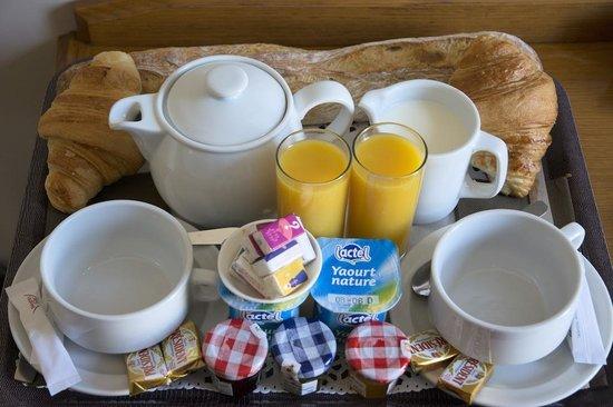Nadaud Hôtel : Breakfast