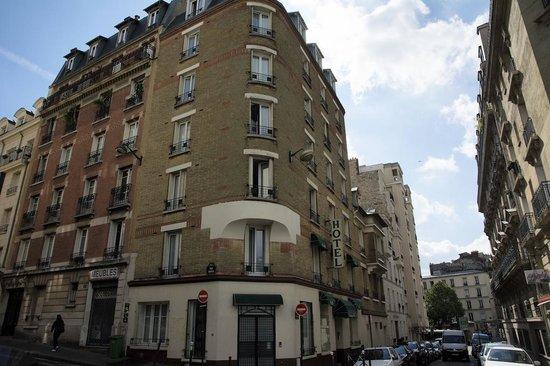Nadaud Hôtel : Outside