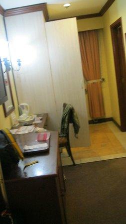 Hotel Veniz: desk