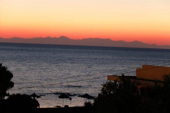 Elpida Beach Studios : Turkey from Elpida in the very early morning