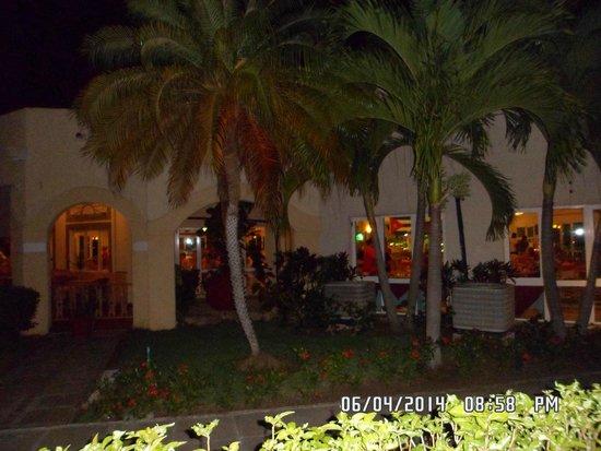 Meliá Las Antillas: comedor italiano hermoso por dentro y por fuera!!!!