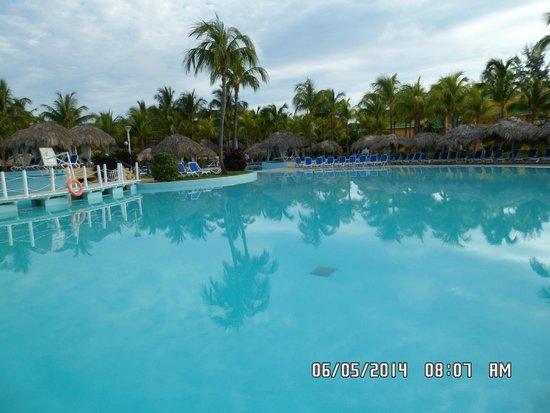 Meliá Las Antillas: hermosa piscina!!!!