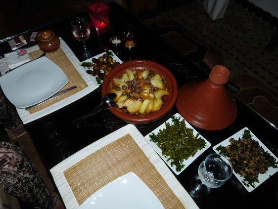 Riad Bab Essaouira : Exellente tajine préparée par Hafida !